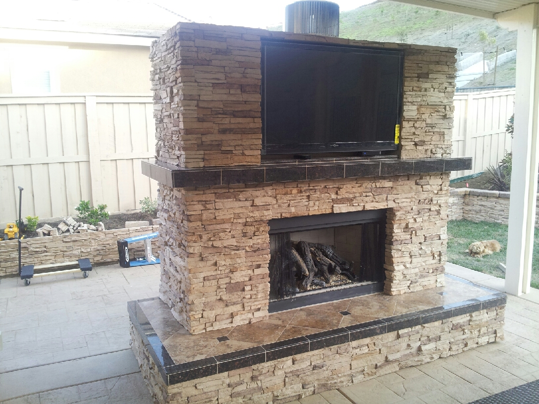 Outdoor Fireplace Gallery Propane Or Natural Gas Extreme Backyard Designs